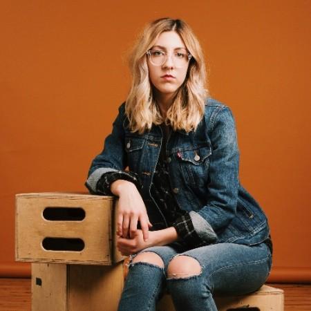 https://ephotovn.com/wp-content/uploads/2019/02/Lauren-Nieves-A-Little-Photo-Studio.jpg