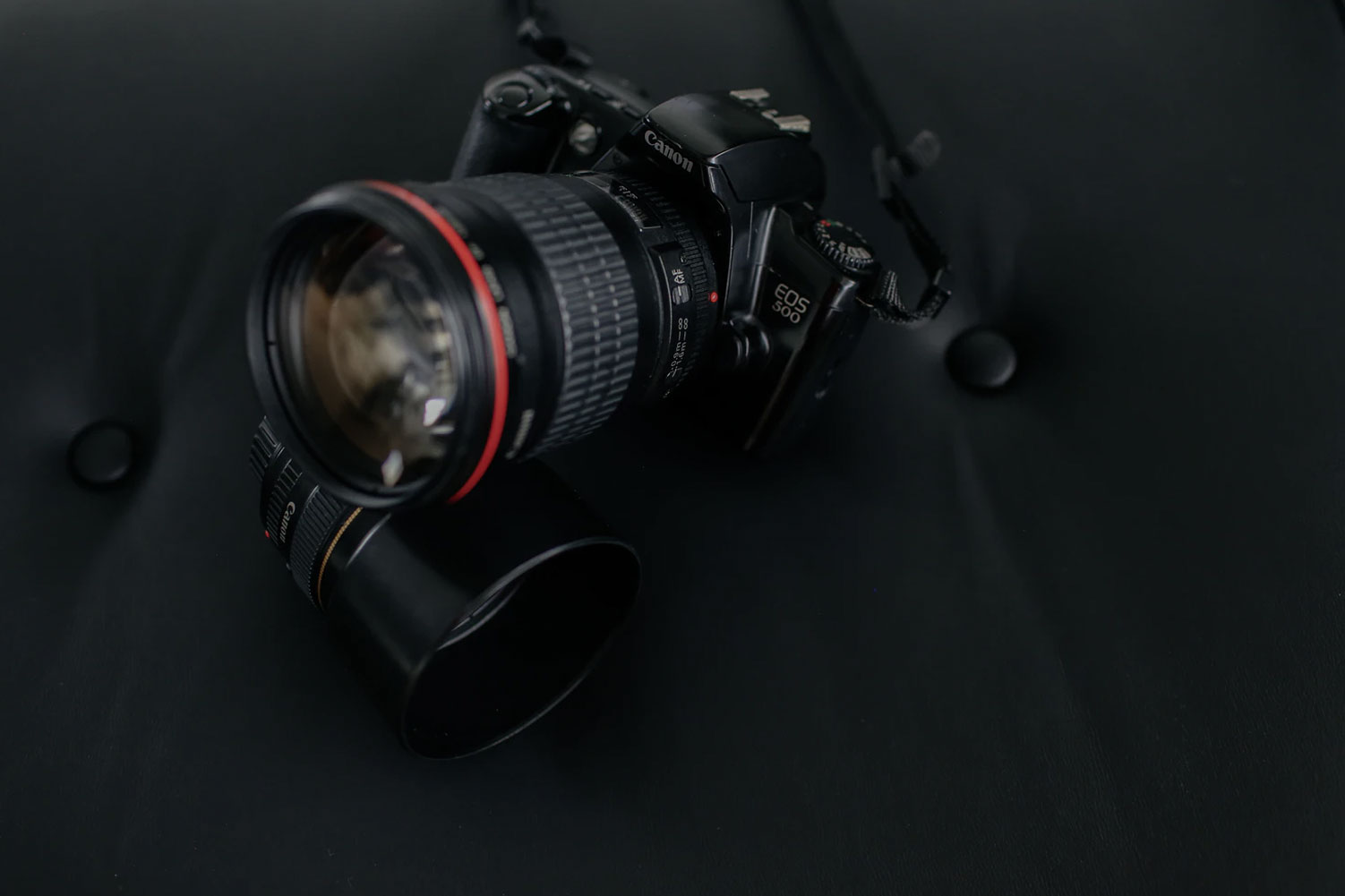 DSLR camera for Professional Photography