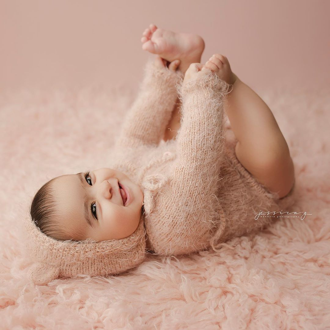 Newborn Photography - Playful Pose