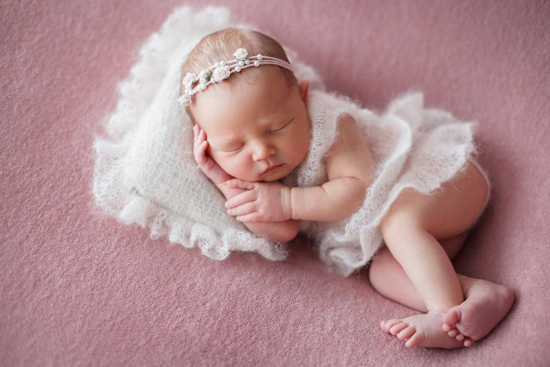 Newborn Photography - Sleeping